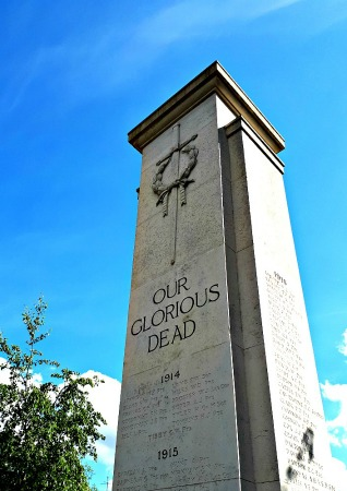 • Teddington's online war memorial